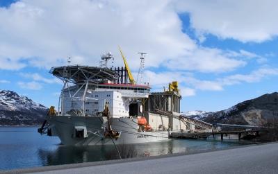 Verdens største steinlasteskip,
