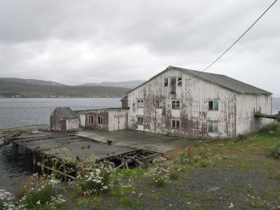 Fiskesamvirke fra 1949 henger i en stadig tynnere tråd, som pulsåra i den sjøsamiske kulturen i Kvalsund.