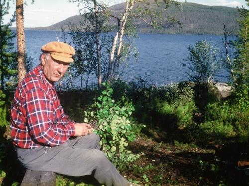 Olav Beddari lager badstulim.