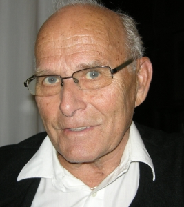 Forfatteren Helge Stangnes